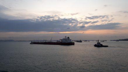 seamen during breaktime shipdiary.com
