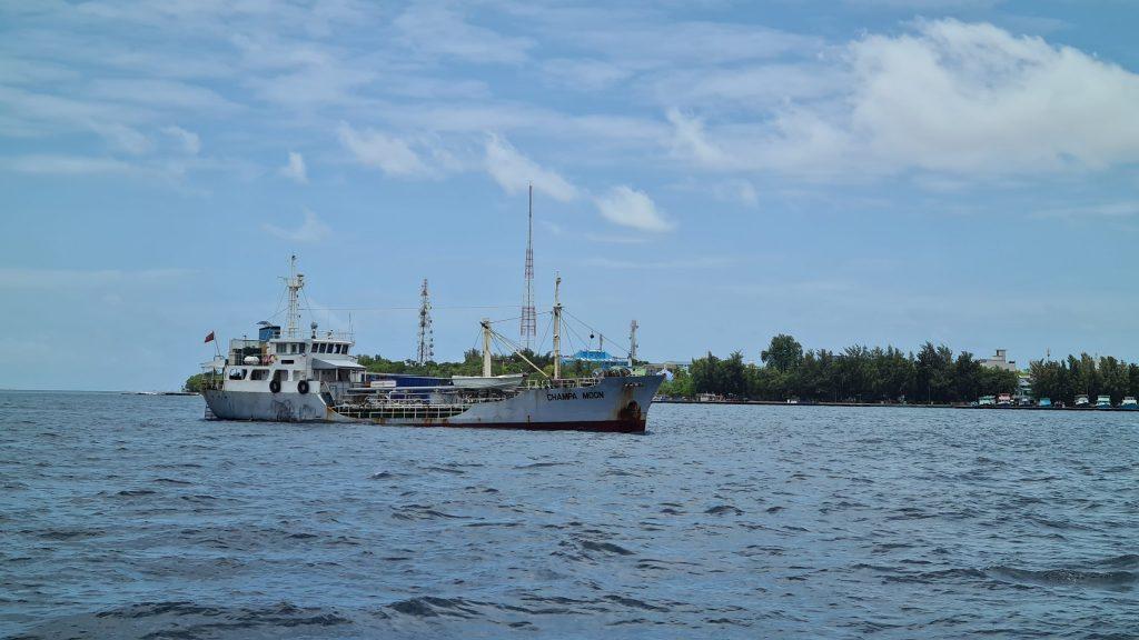 Champa Moon at Malé anchorage shipdiary.com